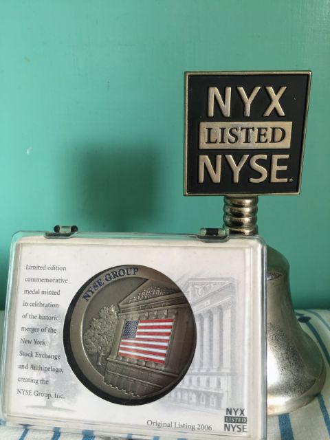 NYSE Bell & Commemorative Medal, 2006